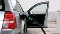 """نصائح """"ذهبية"""" لتخفيف استهلاك الوقود أثناء قيادة السيارة"""